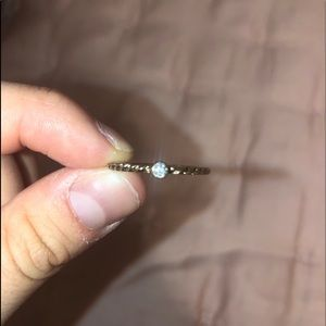 Jewelry - Cute gold ring